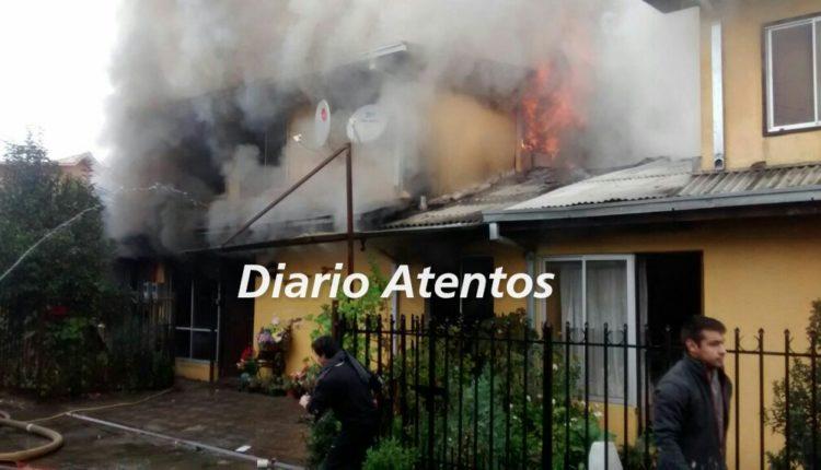 Incendio en Talca destruye una casa y deja otras dos con daños