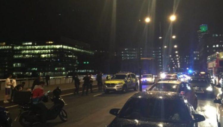 Una furgoneta se lanza sobre al menos 20 personas en el puente de Londres