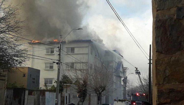 Voraz incendio afectó edificio de Tribunales de la comuna costera de Constitución