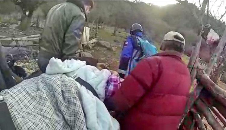 Carabineros realiza rescate aeromédico de lesionada en precordillera de San Clemente