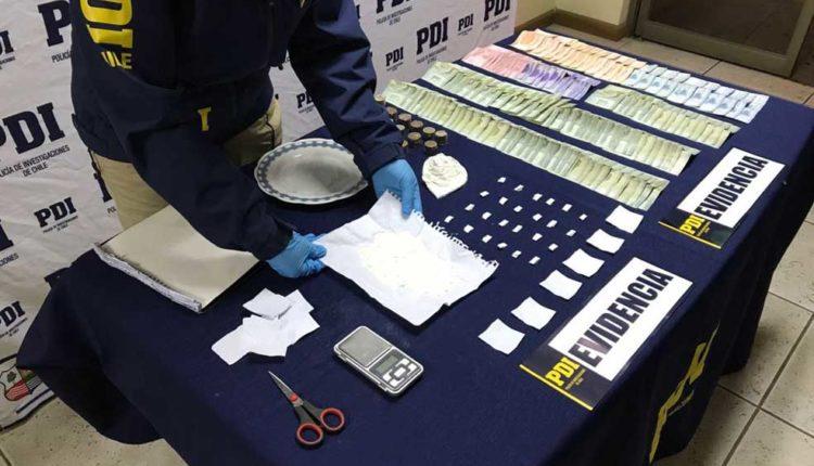 Detectives antinarcóticos de la PDI Linares detuvieron a una mujer por microtráfico de drogas en Parral