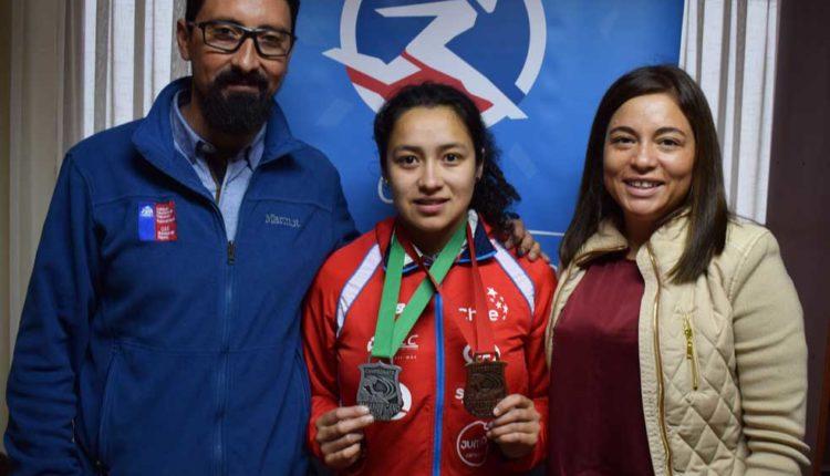 Directora regional del IND recibió a joven ciclista de Lontué medallista Panamericana