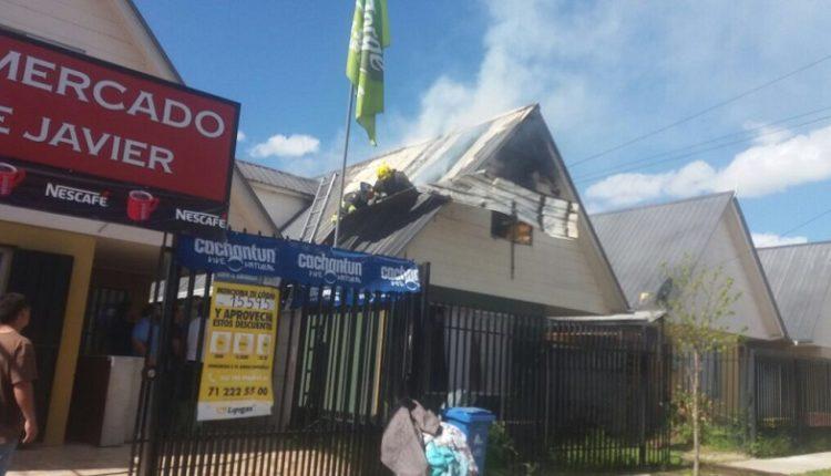 Incendio consumió segundo piso de casa habitación en Villa Doña Antonia