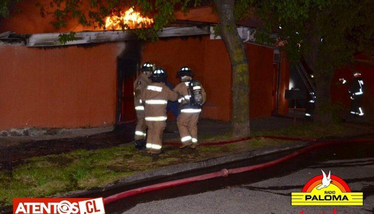 Dos viviendas resultaron con graves daños por incendio en Talca