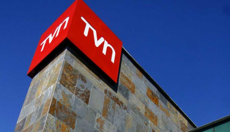 Senado aprueba millonaria capitalización de TVN en medio de tensa sesión