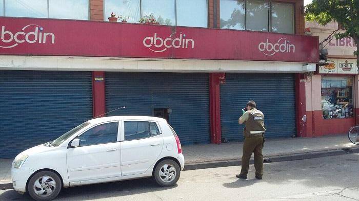 """En medio de la Teleton delincuentes robaron local de """"ABC DIN"""" en pleno centro de Parral"""