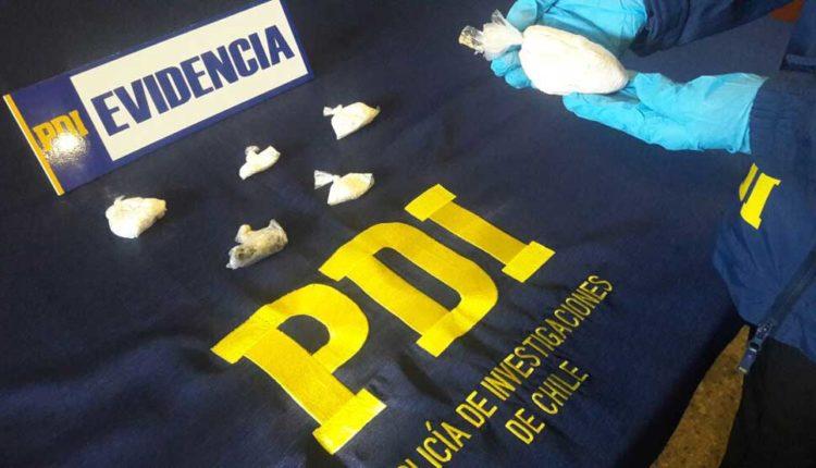 Detectives antinarcóticos de la PDI Curicó detuvieron a dos mujeres por microtráfico de drogas