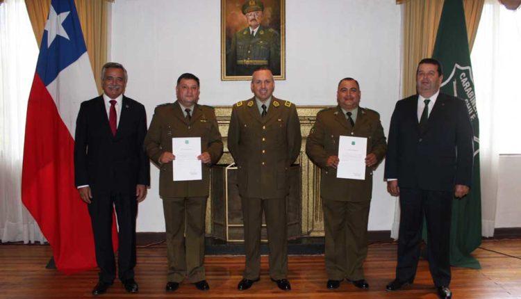 Entregaron reconocimientos a dos carabineros por acciones policiales destacadas